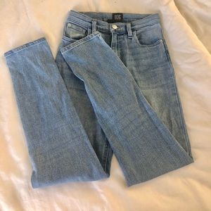 💧25 Urban Outfitters BDG Jeans